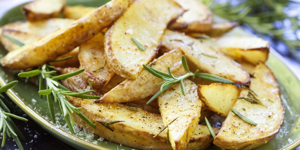 Почему картошку нужно солить только после приготовления