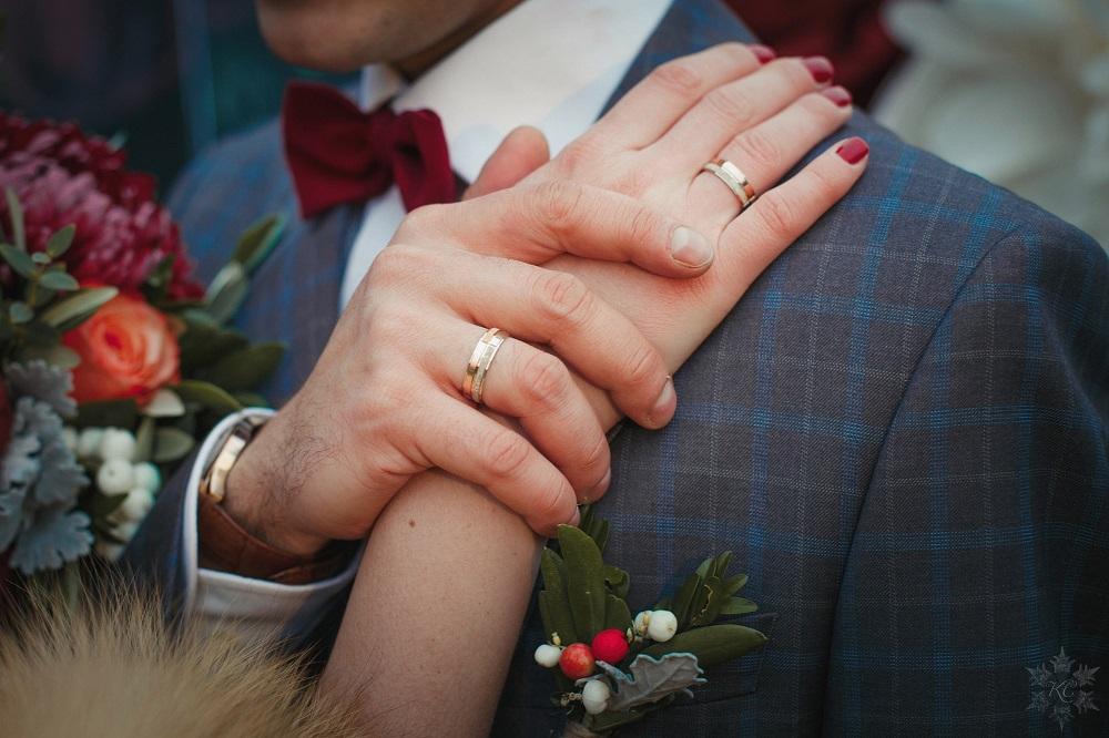 Откуда пошел обычай обмениваться кольцами при бракосочетании и что давали иудеи друг другу вместо кольца