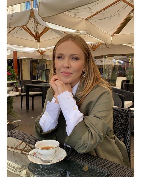 «Не узнать»: пополневшая Джанабаева удивила поклонников новой фотографией