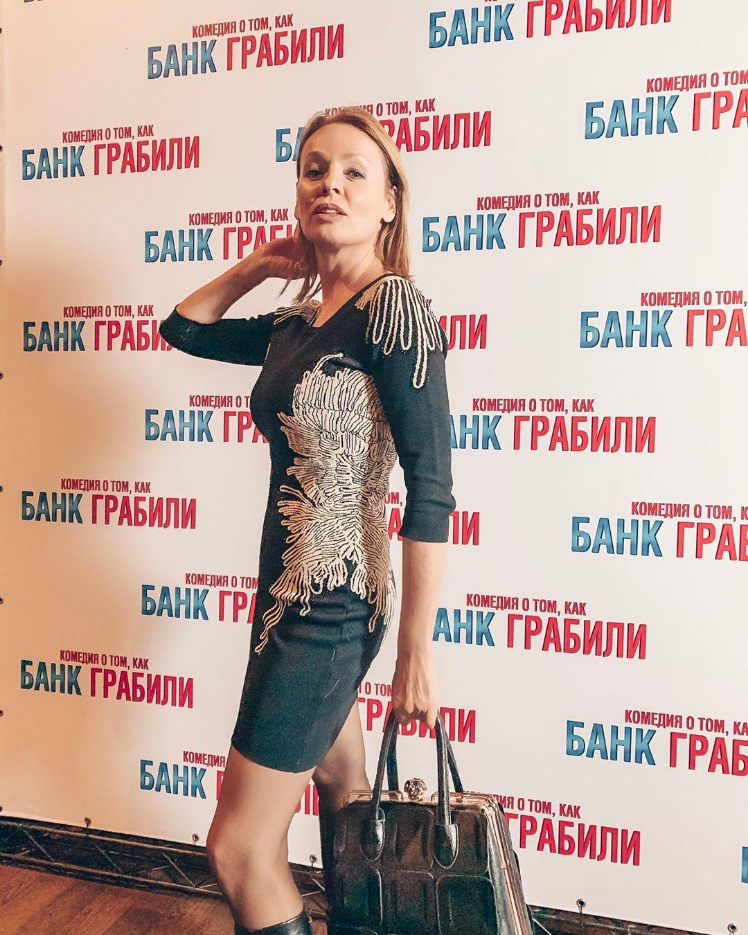 Российские знаменитости в возрасте 50+, которые сохранили безупречную фигуру
