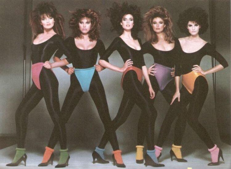 Вы помните, как люди одевались в 90-ые? Подборка для вас